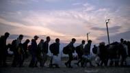 EU-Staaten erzwingen Verteilung von Flüchtlingen