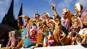 Polizei soll von Flüchtlings-Besuchen auf Karneval abgeraten haben