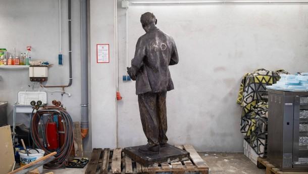 Gericht erlaubt Lenin-Denkmal