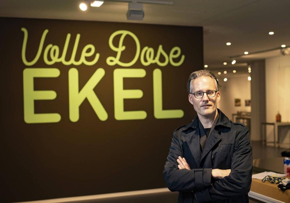 Dr. Martin A. Voelker, Direktor des Disgusting Food Museum Berlin, im Eingangsbereich des Museums, Berlin-Mitte.