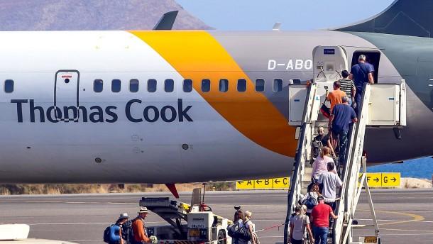 Thomas-Cook-Urlauber bekommen Geld vom Bund