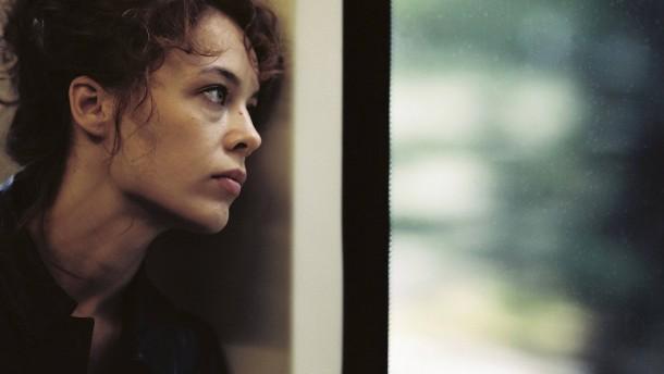 Paula Beer mit Europäischem Filmpreis ausgezeichnet