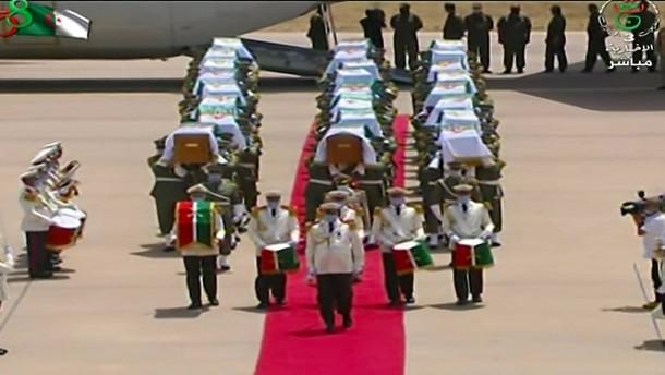 Zeremonie für algerische Widerstandskämpfer