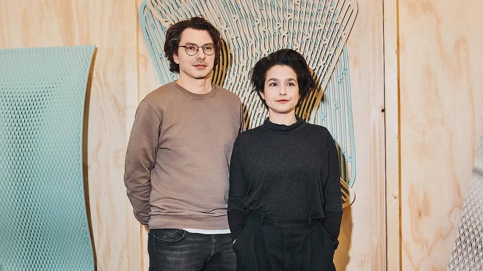 Von Athen nach Rotterdam: Panos Sakkas und Foteini Setaki verließen nach ihrem Architekturstudium ihre Heimat Griechenland auch, weil das Land 2010 wirtschaftlich am Boden lag und ihnen keine Zukunft bot.