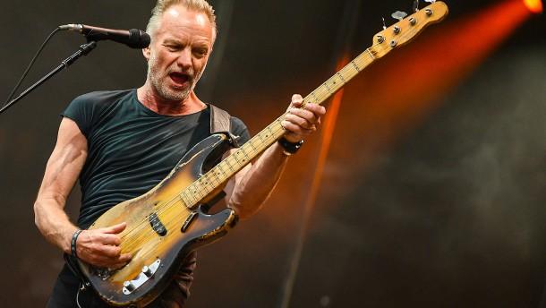 ... in dem ich meine Gitarre gegen einen Bass tauschte