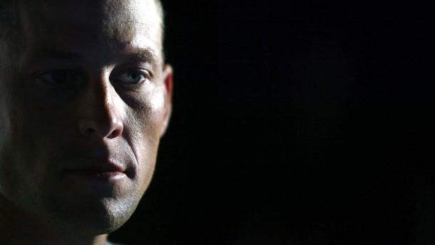 Armstrong droht große Abrechnung