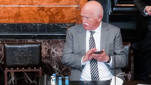 Gauweiler greift Hessens Finanzministerium an
