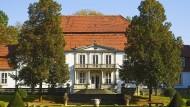 Eine Idee, ein Segen, ein schöpferisches Exil: Schloss Wiepersdorf in Brandenburg