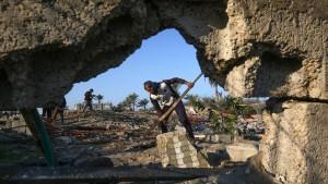 Israel fliegt Angriffe auf Gazastreifen