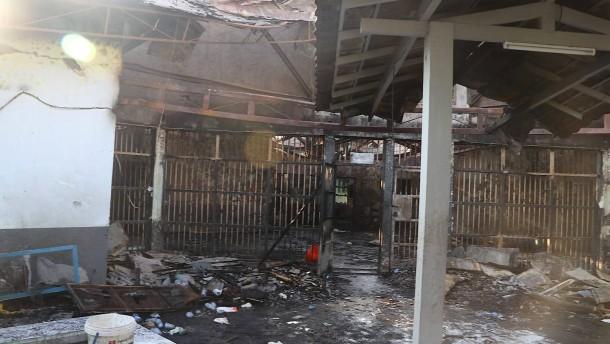 Zahlreiche Tote in überfülltem Gefängnis in Indonesien