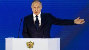 """Putin warnt Westen vor """"Überschreiten von roter Linie"""""""