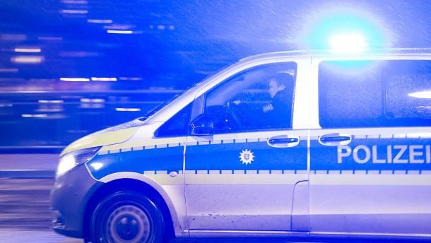 Einbrecher bei Flucht von Zug erfasst und getötet – Zwei Tote bei Unfall