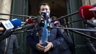 Analysten halten Neuwahlen mit einem Sieg von Salvini als unwahrscheinlich.