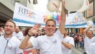 Christopher Street Day ist für viele Unternehmen ein Anlass, sich zur Vielfalt am Arbeitsplatz zu bekennen
