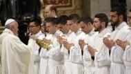 Im Petersdom: Hier haben die mutmaßlich missbrauchten Jungen als Ministranten gedient. (Archiv)