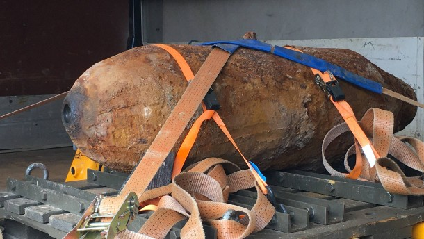 500 Kilogramm schwere Bombe in einem Waldstück entdeckt