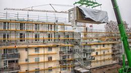 Mehr als 200.000 neue Wohnungen auf Dächern möglich