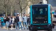 Ein Blick in die Zukunft: In Frankfurt sollen demnächst Busse ohne Fahrer unterwegs sein.