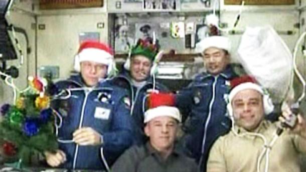 Sojus-Kapsel an ISS angedockt