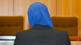 Warum darf man mit Kopftuch nicht im Integrationsamt arbeiten?