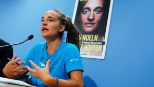 Carola Rackete präsentiert Klimawandel-Buch