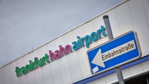 Minister: Keine Finanznot am Flughafen Hahn