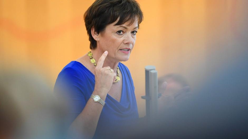 Lucia Puttrich (CDU), Europaministerin des Landes Hessen, kritisiert den Vorschlag für europäischen Marshall-Plan (Archivbild).