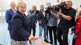 Konservative Regierung gewinnt Wahl in Norwegen