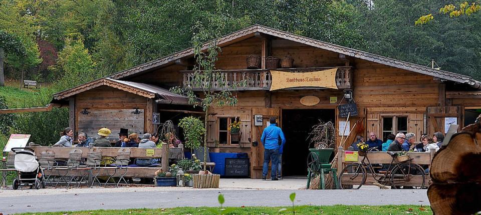Bürger In Bad Schwalbach Wollen Almhütte Retten