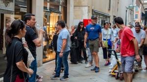 Italiens Wirtschaft rutscht ab