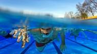 Bei acht Grad Außentemperatur öffnet das erste Freibad