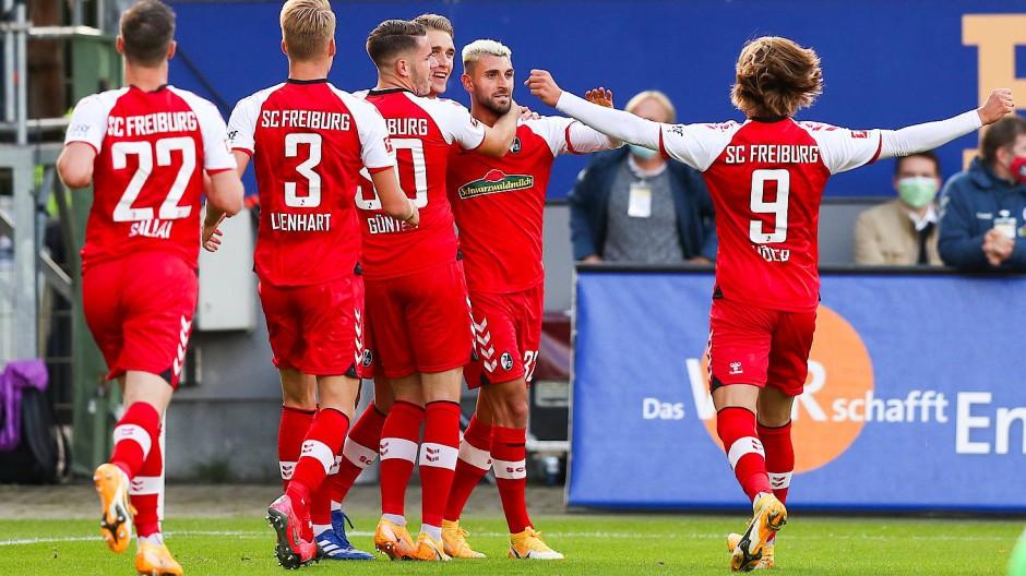 Trotz spielerischer Überlegenheit kommen die Freiburger nicht über einen Punkt hinaus.