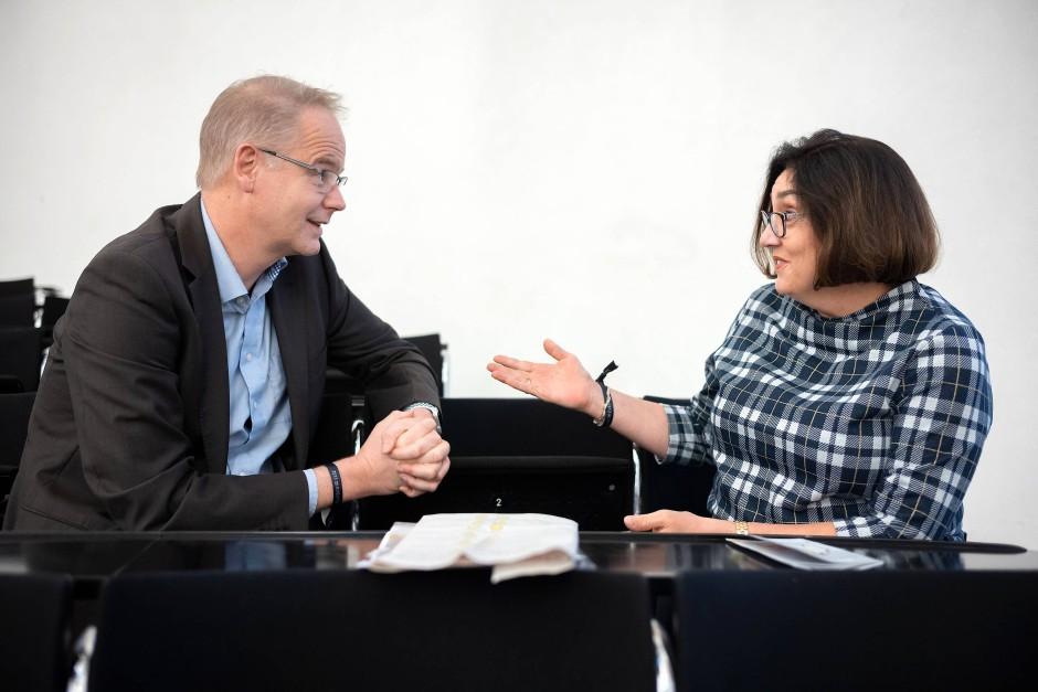 """Nicht nur am BVB schieden sich die Geister: Carsten Knop und Susan Küper-Roesnick im Gespräch bei """"Deutschland spricht"""""""