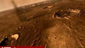 Panoramaflug über den größten Canyon des Sonnensystems