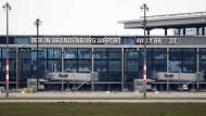 Pannen und kein Ende: der Problemflughafen BER.