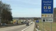 ADAC testet Autobahn-Tankstellen