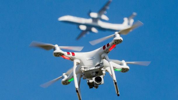 Auf Kollisionskurs mit der Drohne