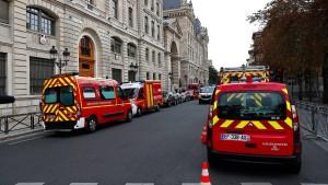 Pariser Angreifer soll Stimmen gehört haben