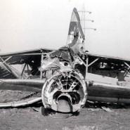 Zerschellt: Einer der beiden abgeschossenen amerikanischen Bomber, deren Besatzung ermordet wurde.
