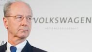 Hans Dieter Pötsch, Aufsichtsratsvorsitzender der Volkswagen AG, schließt weitere Investitionen im Geschäftsfeld Autonomes Fahren nicht aus.