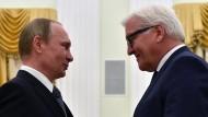 Aufeinandertreffen alter Bekannter: Steinmeiers Kreml-Besuch im Juni 2016