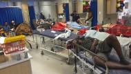 Zu viel Leid für zu wenige Hände: Im sogenannten Pit der Klinik werden die nicht ganz so schweren Verletzungen versorgt.