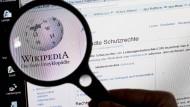 Wikipedia rollt teilnehmenden Wissenschaftlern nicht eben den roten Teppich aus.