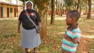 Gulus gute Seele: Schwester Rosemary Nyirumbe heilt, was die Kämpfer von Joseph Kony zerstört haben.