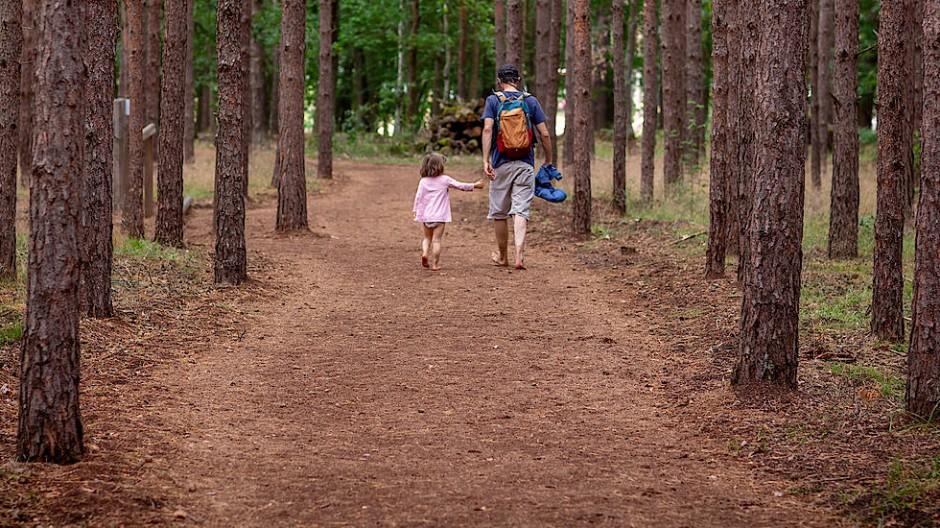 Viele Männer wollen mehr Zeit mit ihren Kindern verbringen.