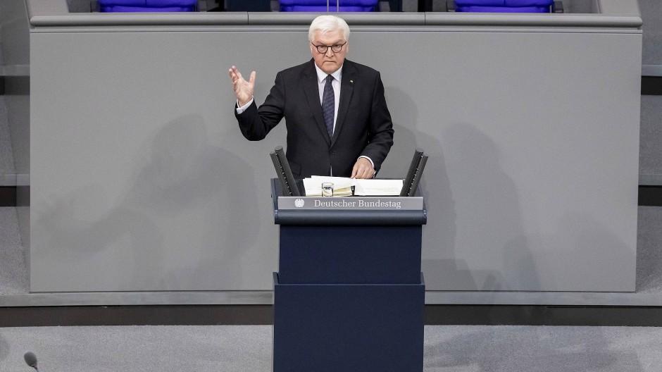 Bundespräsident Frank-Walter Steinmeier ist der präsidiale Schirmherr der großen Koalition. Am 29. Januar sprach er bei der Gedenkstunde im Deutschen Bundestag für die Opfer des Nationalsozialismus.