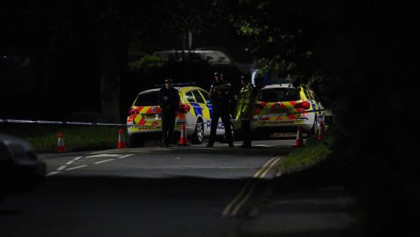 Sechs Menschen bei Schießerei in Plymouth getötet