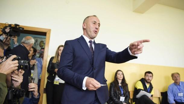 Radikale Parteien gewinnen im Kosovo