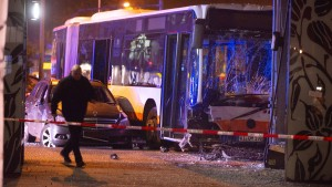 Busunglück in Wiesbaden gibt weiter Rätsel auf