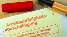 """Wettbewerbszentrale verklagt Start-up """"AU-Schein"""""""